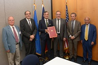 5b Pitt-France agreement